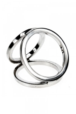 Triple cock and balls ring : Cockring avec 3 anneaux en acier inoxydable poli soudés entre eux pour tripler les effets.